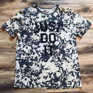 NWOT Nike Camouflage Print Dri-Fit T-shirt L